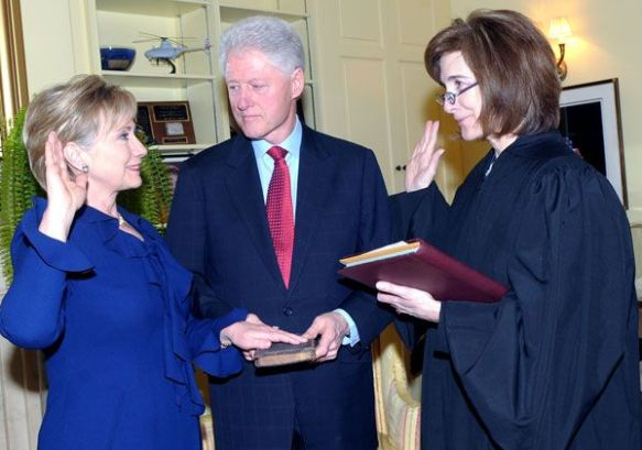 hillary-clinton-sworn-in-as-secretary-state