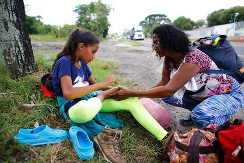 Mom Daughter flee Venezuela