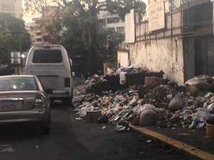 Mountains of garbage in the capitol city of Caracas